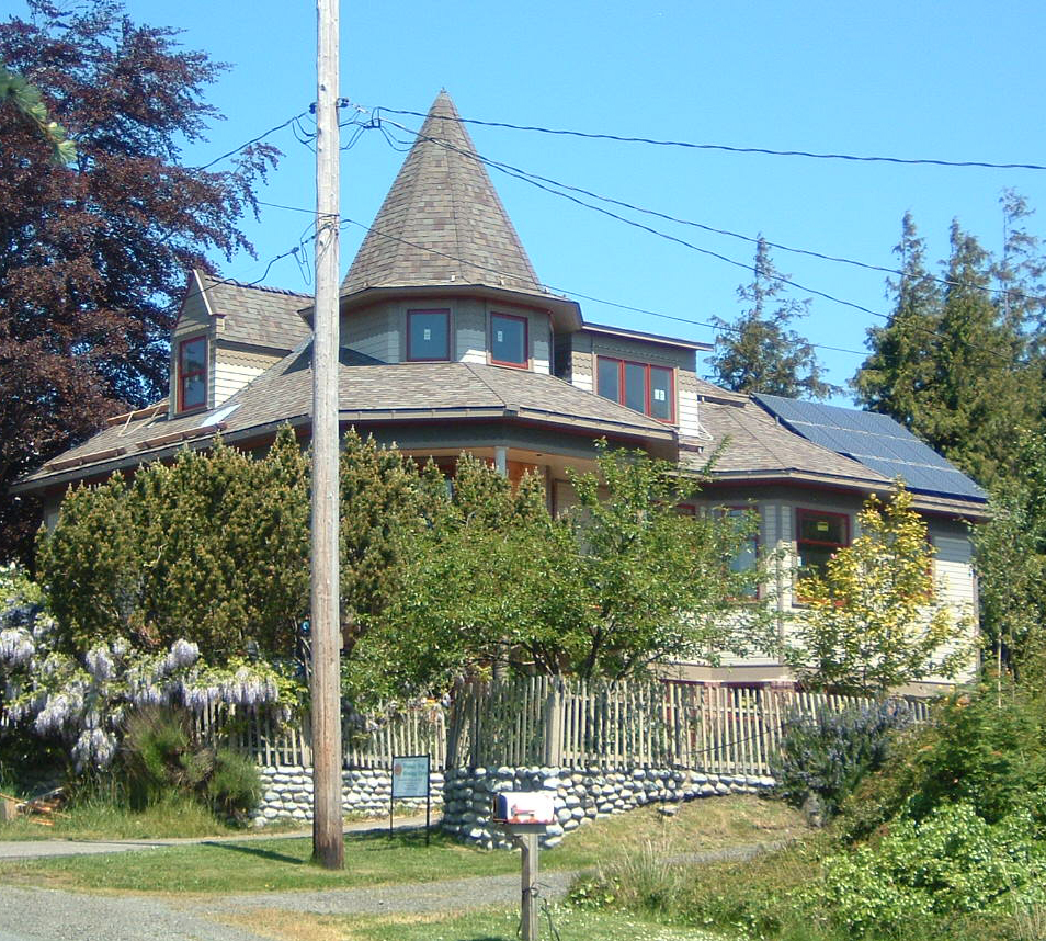 Holland Residence, 2.66 KW, Port Townsend, 2007