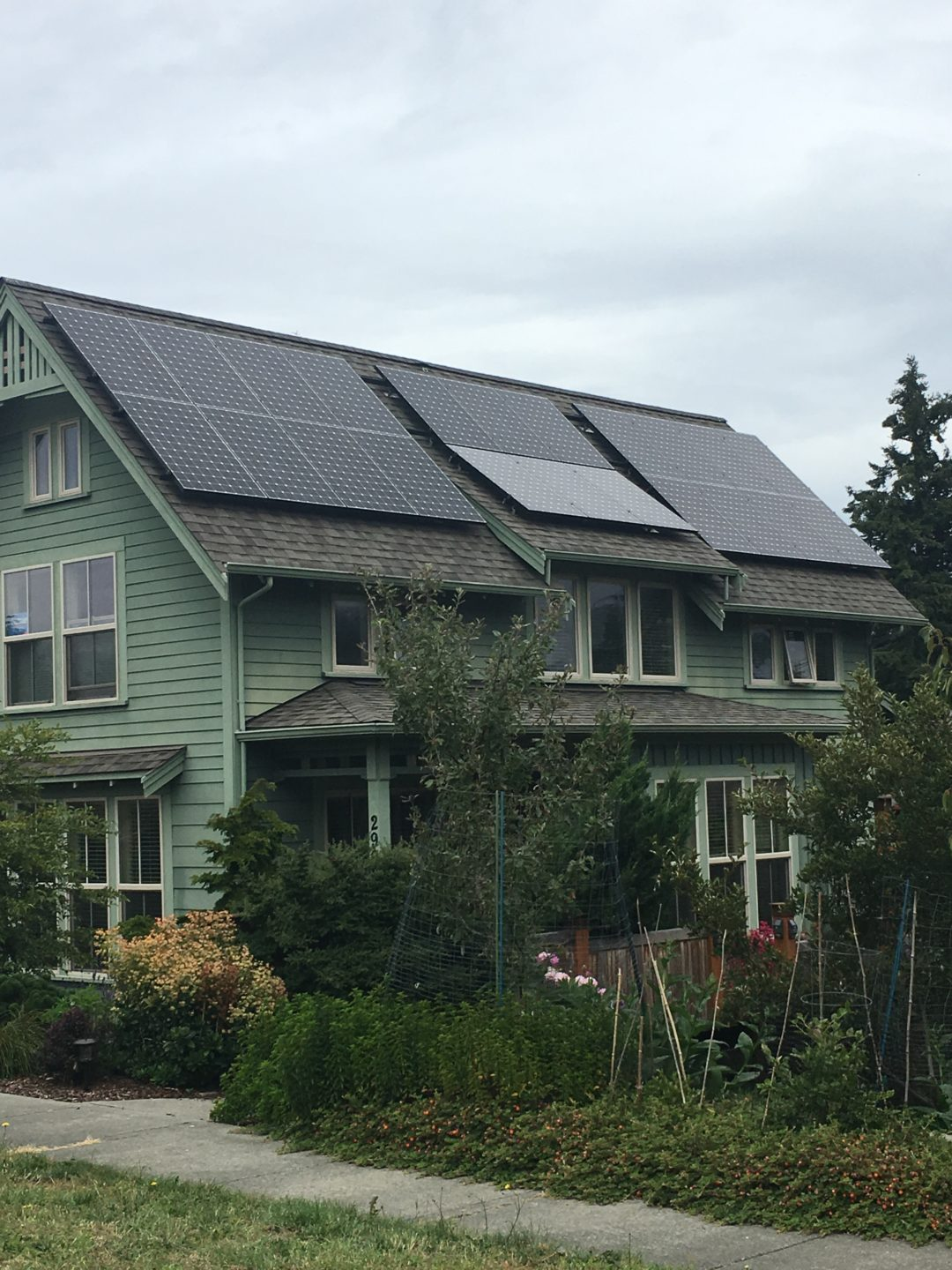 Feit residence, 7.19 KW, Port Townsend, 2016