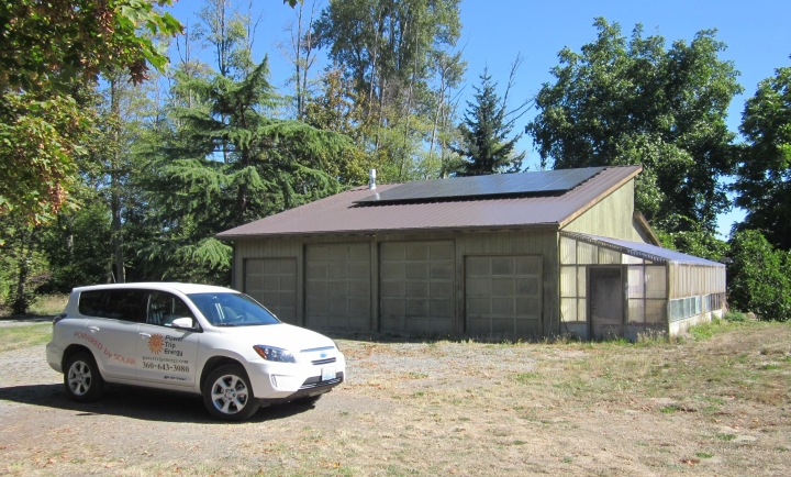 8 KW SunPower pv array on shop in Sequim, June 2014