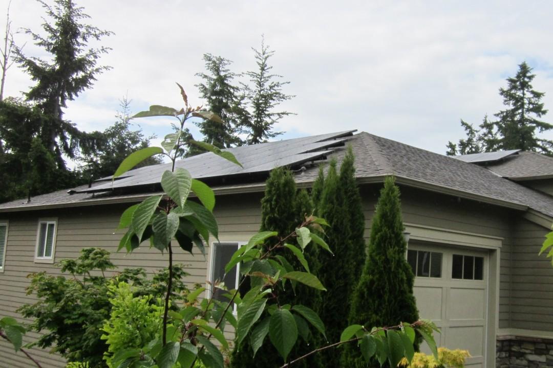McDevitt Residence, 8.18 KW, Bainbridge Island, 2014