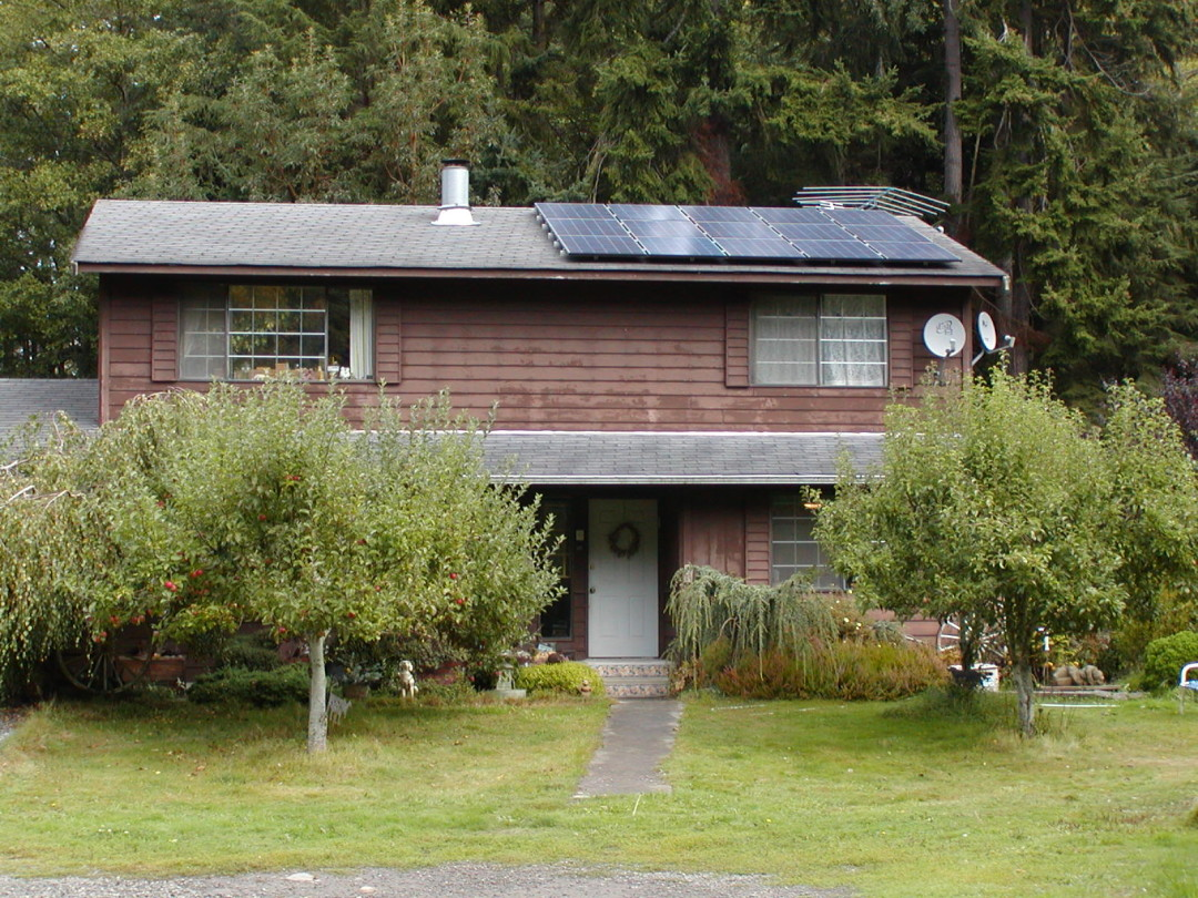 Smith Residence, 2.7 KW, Port Angeles, 2007