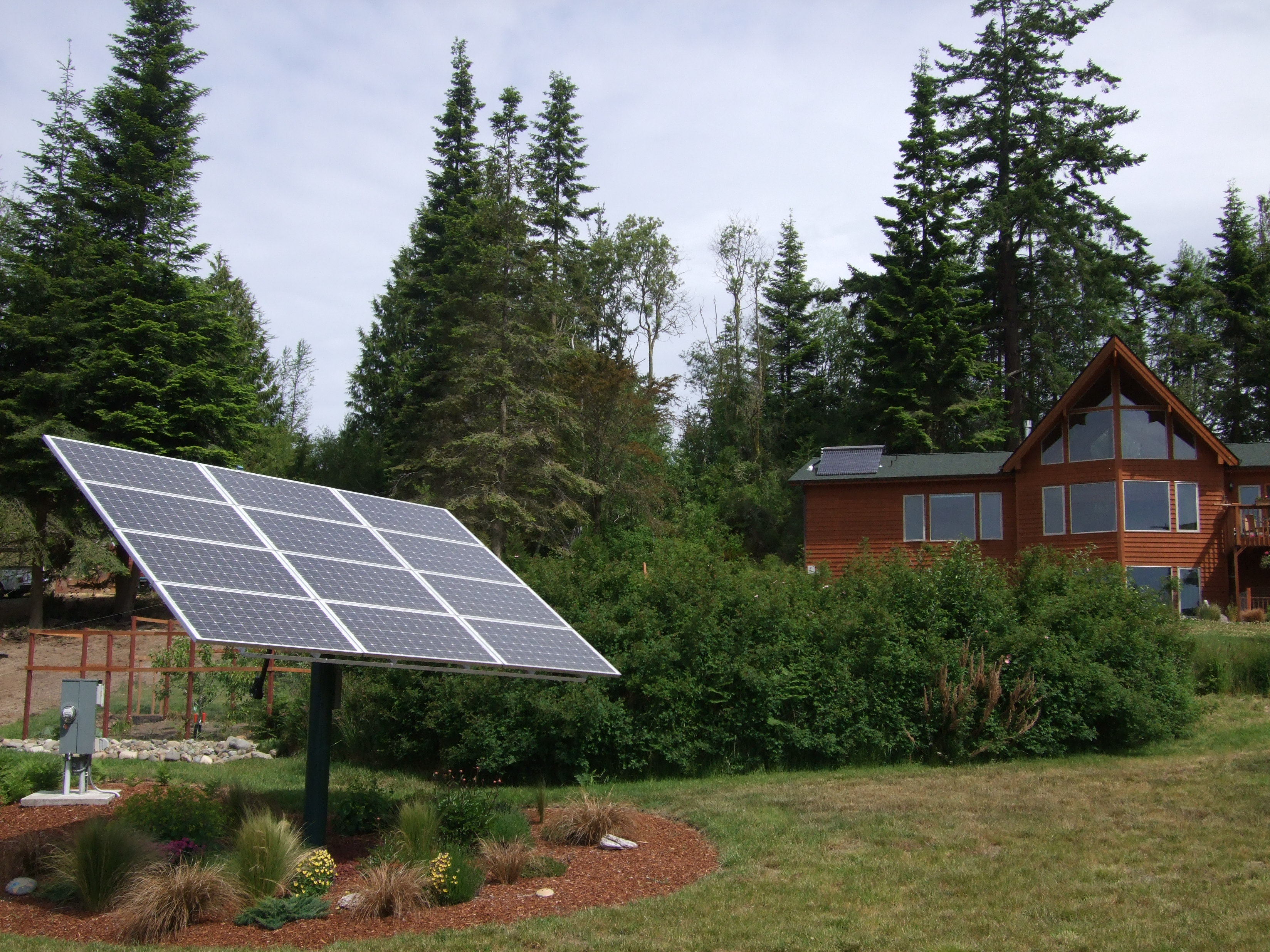 Lanham Residence, Solar Thermal, 2.1 KW, Port Angeles, 2008